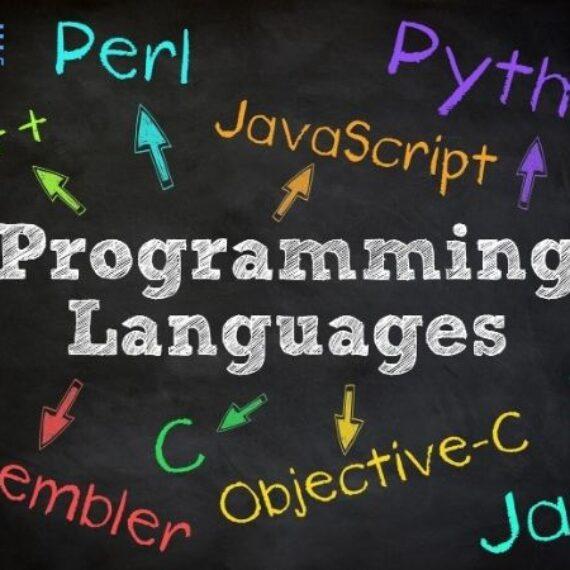 Top 10 ngôn ngữ lập trình phổ biến vào năm  2020